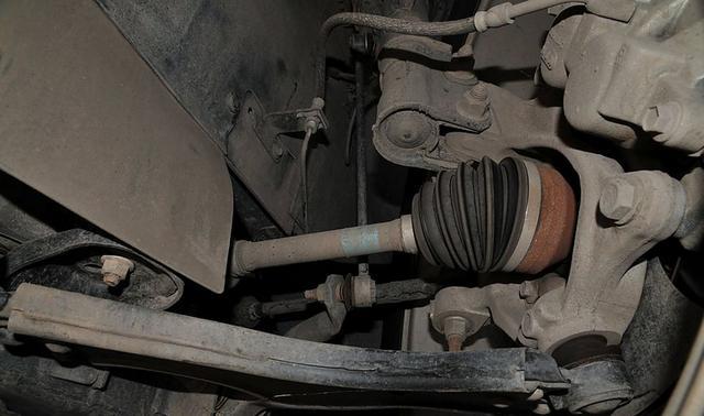 汽车行驶轮毂发出异响原因及注意事项_志琦轮毂电镀