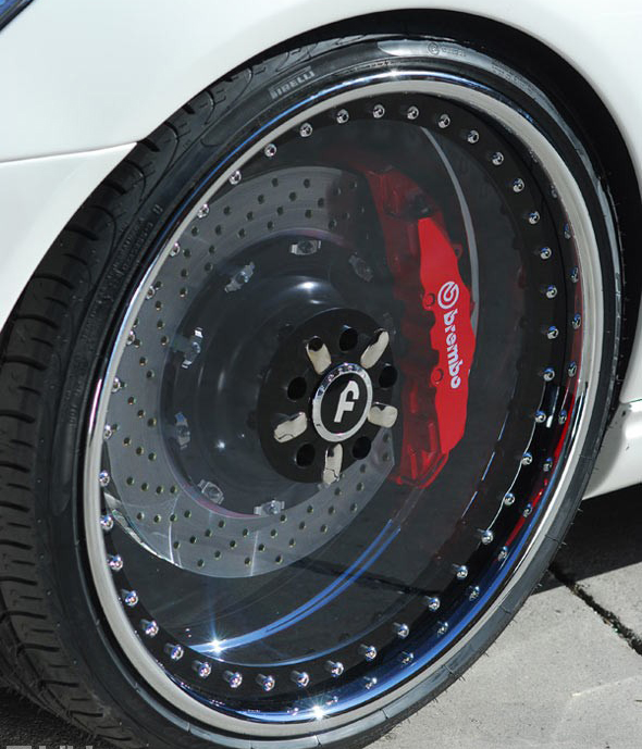为什么轮毂是镂空设计而不是封闭式的_志琦轮毂电镀
