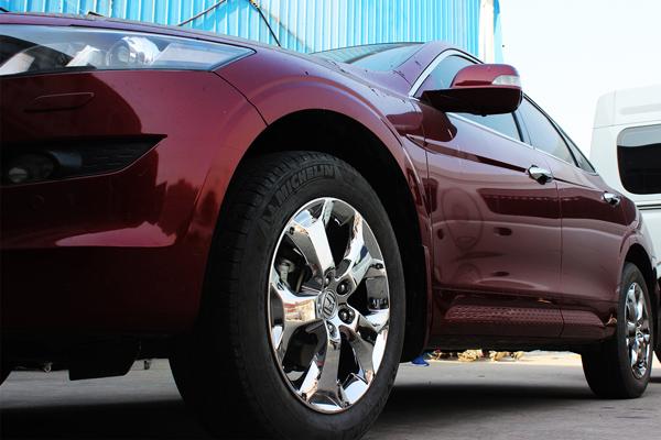 刹车卡钳蹭轮毂的处理措施及注意事项
